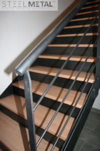 Escalier droit bois métal