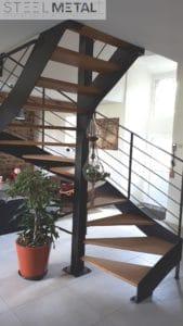 Ferro - escalier hélicoïdal avec marches bois