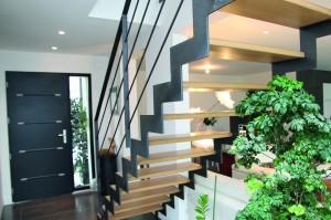 Escaliers prêts à monter pour la région parisienne