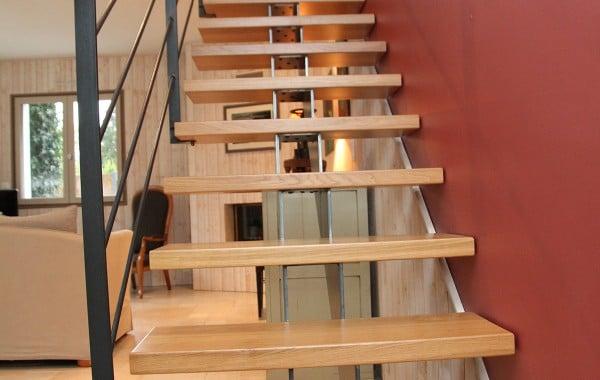 Escalier limon central double crémaillère | Gamme Stahl