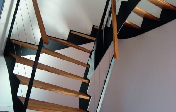 Escalier moderne metal bois fabriqué en Bretagne, Morbihan