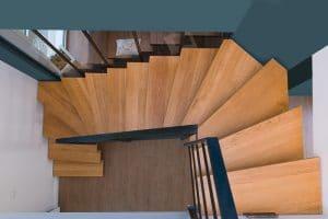 Escalier bois metal en limon central 2/4 tournant