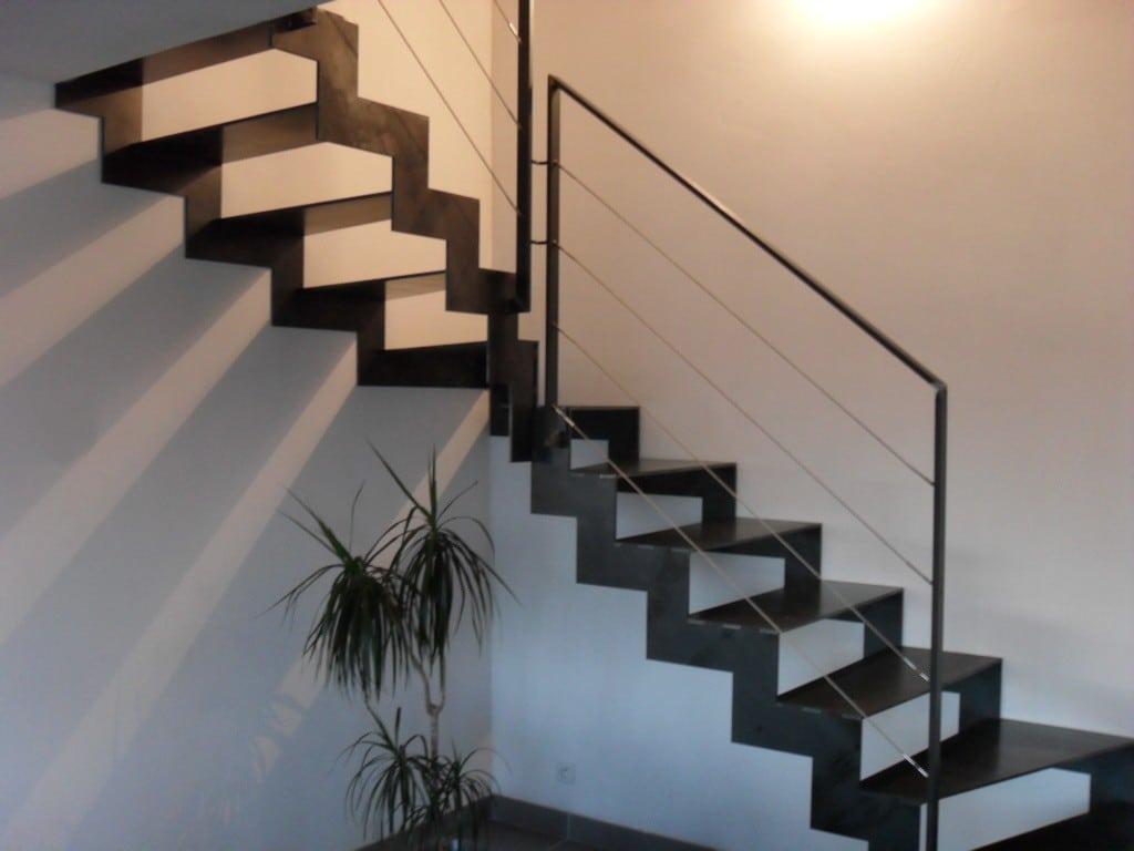 Escalier Mtal Avec Limon Latraux Double Gamme Thep