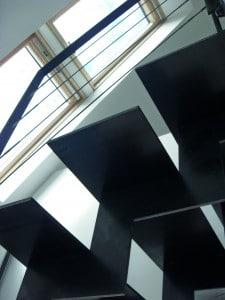 Escalier inox moderne Stahl avec limon central