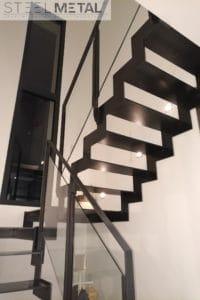 Thep - Escalier deux quarts avec palier acier