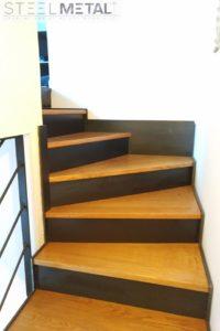 acel - escalier deux quart marches bois et contremarches