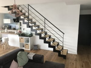 Escalier métal bois avec marche en frêne