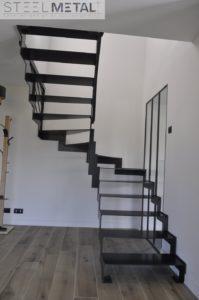 escalier deux quart tournant en acier