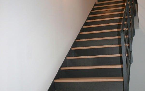 escalier droit bois metal