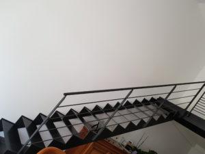 Escalier métallique droit