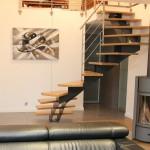 escalier moderne metal et bois à limon central