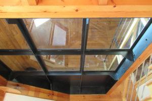 Plancher de verre en métal sur mesure