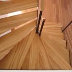 escalier deux quart tournant en bois