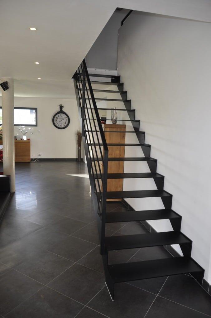 Escalier droit m tal et bois - Escaliers lapeyre metal ...
