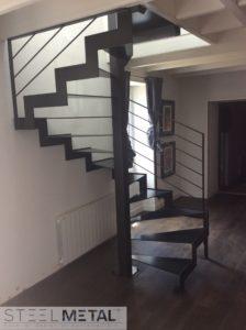 escalier métal hélicoïdal