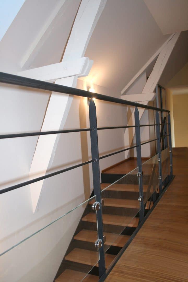 garde corps int rieur en acier ou inox pour escalier. Black Bedroom Furniture Sets. Home Design Ideas