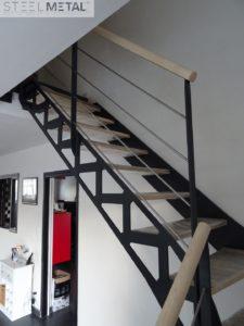 escalier metal bois - quart tournant avec découpe laser