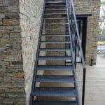 escalier tôle larmée extérieur - galvanisé