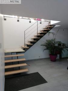 Escalier quart tournant - métal et bois - Karfe